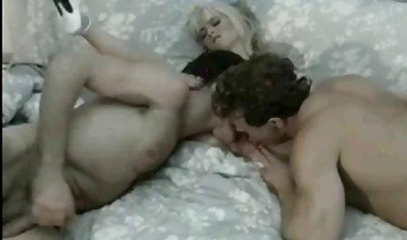 સુંદર છોકરી મોટા બોબલા વાહિયાત થિયેટર વાળી મહિલા સાથે સુંદર વાળ fucked પોર્ન