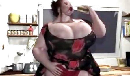 તોફાની એશિયન સુંદર છોકરી ગળવું Dicks અને તેમના pussies રમાય સેક્સ સાથે Berkova છે