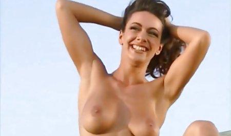 roleplay વાહિયાત અને ચહેરાના સાથે મોટા સેક્સ શૃંગારિક વાહિયાત Tits Kylie પાનું